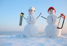 Tradespeople to the rescue at Christmas 725 x 500