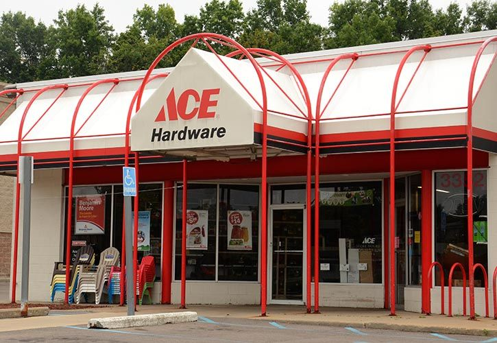 Ace Hardware - requires credit - shutterstock_213006088 725 x 500