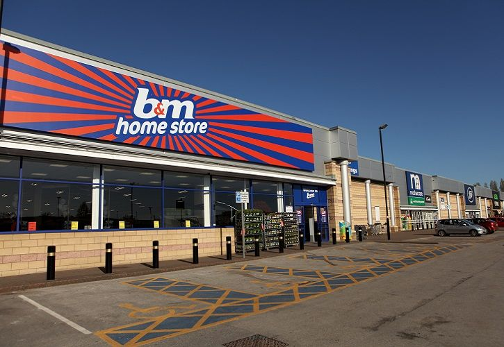 B&M Home Store exterior 725 x 500