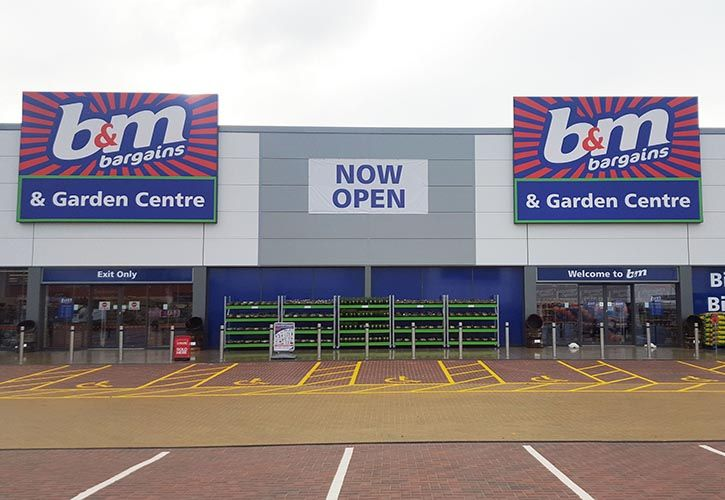 Front of Store  BM Home Store and Garden Centre 725 x 500