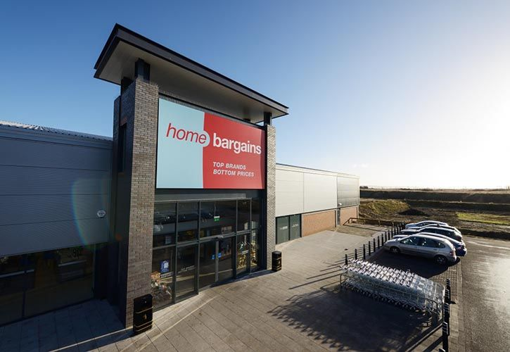 Home Bargains store 725 x 500