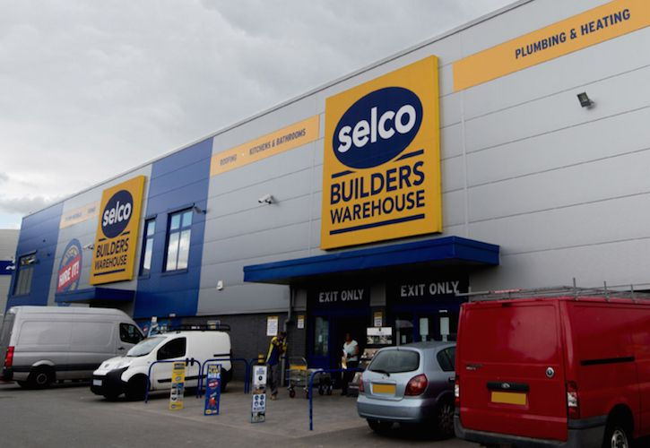 Serco Builders Warehouse new store