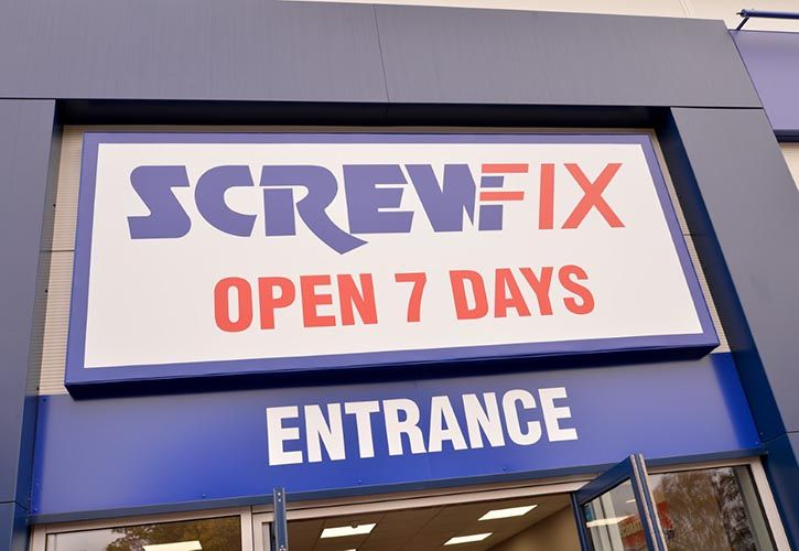 Screwfix entrance FC 725 x 500