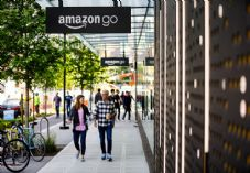 Amazon Go First Store 725 x 500.jpg