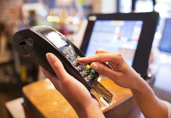 Card machine shutterstock_159873380 725 x 500.jpg