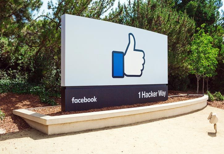 Facebook head office sign 725 x 500