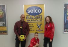 Branch manager Darrell Carter with Nikita Whinnett and Jade Davenport 725 x 500.jpg