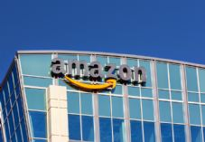 Amazon building shutterstock_175315058 Ken Colter - 725 x 500.jpg