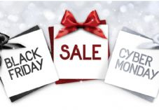 Black Friday Cyber Monday shutterstock_758476633.jpg