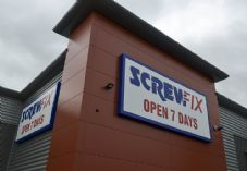 Screwfix 5 725 x 500.jpg
