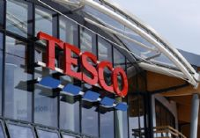 Tesco curved sign 725 x 500.jpg