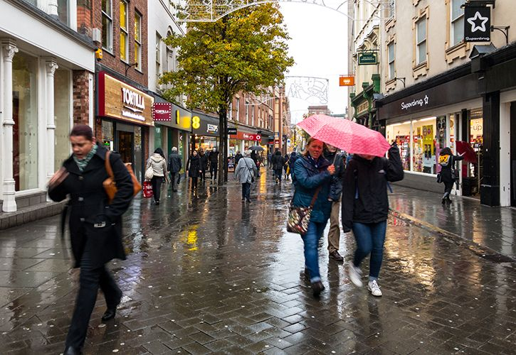 Rain SHopper Shopping - Jason Batterham Shutterstock 671551474.jpg