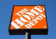 The Home Depot sign - REQUIRES CREDIT Rob Wilson shutterstock_180692453 725 x 500.jpg