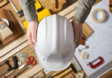 Hard hat and DIY construction tools shutterstock_273322682 725 x 500