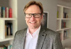 CMO Stores Alan Edmondson