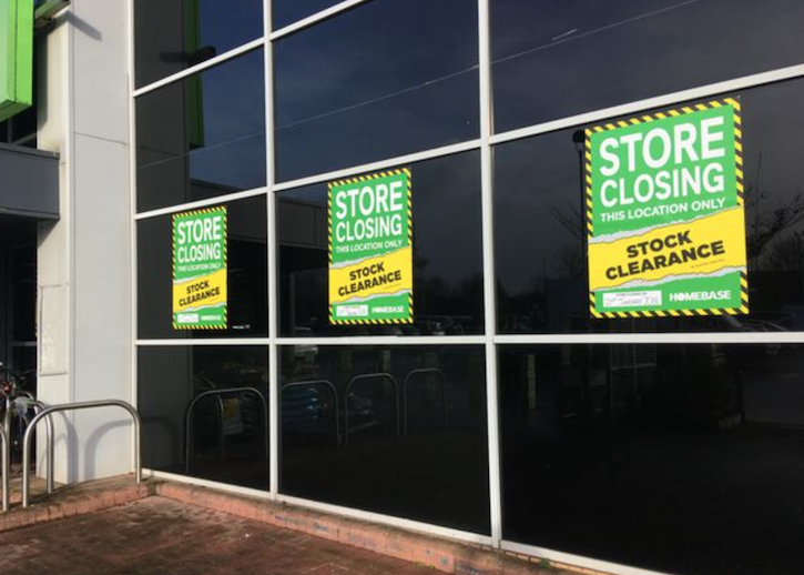 /live/news/wysiwyg/Homebase closing signs.jpg