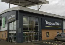 Topps Tiles Banbury December 2015 725 x 500